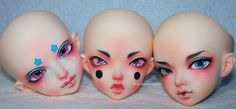 A few of the faceup/modding commissions i've been working on for the oh so lovely and talented Frappzilla! Such an honor and pleasure to work on such unique and colorful little cuties! *hugsforever*  From left to right: Modded Minifee FLAM, Modded Minifee Mio and Minifee Luka.  Also in case any of you may be wondering, I won't be accepting any new faceup commissions for a few months at least as I have a lot left to work on and want to take time off for my own dolls when i'm finished. Thank…