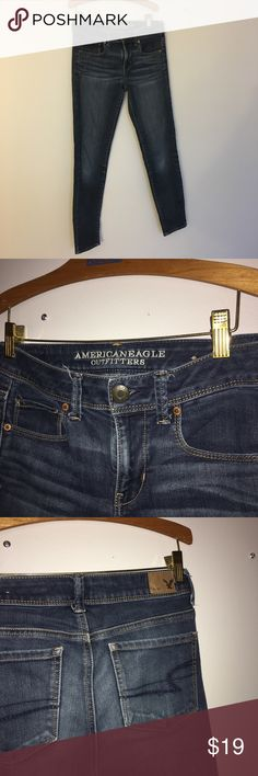 American Eagle jeans 👑 American Eagle jeans ! Super skinny style and in size two. Great condition and needs a new home💙 make an offer!  Why shop my closet ?   ❥ smoke free home!  ❥ great condition items! ❥ 100% negotiable prices!  ❥ 1-2 day shipping! ❥ cheap prices!   I'm super friendly and thrilled for you to shop my closet! Please don't hesitate to ask for additional photos or information ☻ thanks for stopping by - enjoy ! American Eagle Outfitters Jeans Skinny