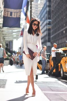 7 Spring Office Outfits Ideas: How to dress to impress once the sun is out? Work Dresses, Ladies Business Suits, Casual Office Wear & 4 more looks for you. Mode Outfits, Office Outfits, Office Wear, Fashion Outfits, Casual Office, Office Chic, White Office, Office Uniform, Chic Outfits