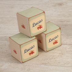 Doopsuiker doosjes van Tadaaz. Past perfect bij het #geboortekaartje // #birthannouncement #baby #faireparts #naissance  // busje stoer