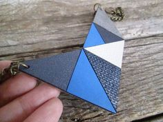 Geometric Leather Necklace Leather bib necklace por NasuKka en Etsy