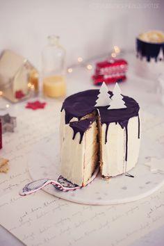 Weiße Winter-Wonderland-Torte mit Eierlikör