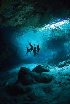 Yucatan barrier reef..caves!