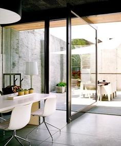 i would like to live in a climate where a pivot door would be practical as well as beautiful.
