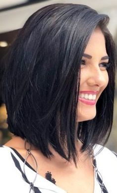 Most Inspiring Shoulder Length Bob Hairstyles 2019 to Get Unique Stylish Look Bob Hairstyles medium length bob hairstyles Bob Haircuts For Women, Cute Haircuts, Long Bob Haircuts, Medium Bob Hairstyles, Hairstyles 2018, Beautiful Haircuts, Long Bob Hairstyles For Thick Hair, Curly Hairstyles, Stylish Hairstyles