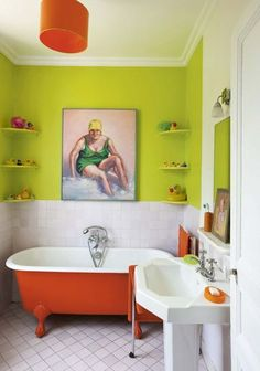 Salle de bains verte // Green and funny bathroom | More photos http://petitlien.fr/6zo6