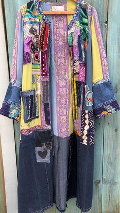 Items similar to boho hippie kimono jacket long upcycled kinomo on Etsy Hippie Style, Hippie Boho, Bohemian Mode, Denim Crafts, Altered Couture, Long Kimono, Kimono Jacket, Colored Denim, Gorgeous Fabrics