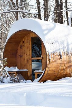You can have your own wine barrel sauna this winter! Awesome! #product_design