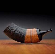 (Visita il nostro sito templedusavoir.org) Wooden Smoking Pipes, Tobacco Pipe Smoking, Tobacco Pipes, Weed Pipes, Pipes And Bongs, Clay Pipes, Peace Pipe, Long Pipe, Briar Pipe