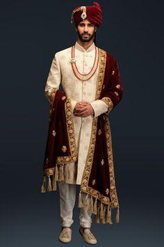 Ivory thread work sherwani set by Gujralsons Sherwani For Men Wedding, Wedding Dresses Men Indian, Sherwani Groom, Wedding Men, Punjabi Wedding, Indian Weddings, Farm Wedding, Wedding Couples, Boho Wedding