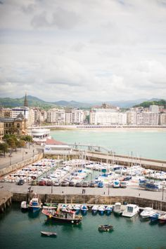 Harbor in San Sebastian Spain | photography by http://www.plentytodeclareweddings.com/