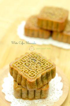 White Coffee Mooncakes