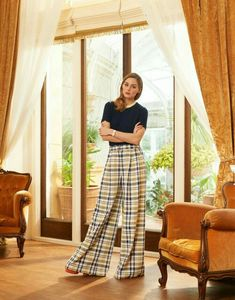 Olivia Palermo wears Prada top, Adam Lippes pants, Laurence Dacade pumps and Piaget watch for The Edit magazine april 2017 Estilo Olivia Palermo, Olivia Palermo Lookbook, Olivia Palermo Style, Star Fashion, Daily Fashion, Women's Fashion, Fashion Editorials, Fashion Outfits, Vogue