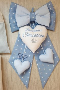 The choice of christening gowns for children / for children was / is an important task … Handgemachtes Baby, Mom Dad Baby, Handmade Baby, Handmade Crafts, Hobbies And Crafts, Crafts To Make, Baby Kranz, Ideas Habitaciones, Diaper Wreath
