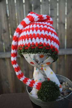 Baby Photo Prop, baby Christmas photo prop, Christmas Hat, Baby Christmas, Red and White Hat, Baby's first hat, Baby's first Christmas