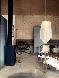 La maison d'Anna G.: The old army garage