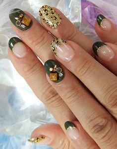 golden_nail_art_idea.jpg (386×493)