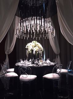 Nulty - The Art of Dining, Abu Dhabi - Lighting Scheme Luxury Designer Table Setting Opulent Feature Chandelier