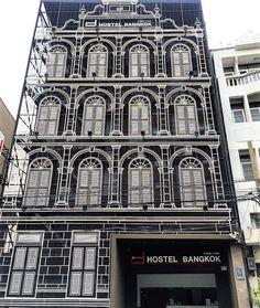 Hi #Bangkok!⠀  #thailand#hostel #design #building #furnituredesign #furniture #designinterior #interiordesign #designlovers #architecture #archilovers #architecturestudent #archidaily #decor #traveltheworld #aroundtheworld #besthostel #travel #traveling #trip #citytrip #wanderlust #solotravel #student #backpacker #gaytravel #gapyear #worldtrip #asiatrip