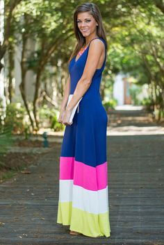 """""""Color Block Inside The Lines Maxi Dress, Navy"""" The Mint Julep"""