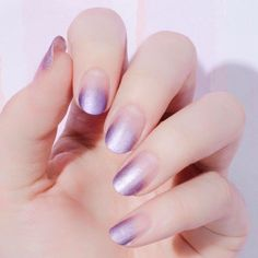 These easter egg inspired lilac tips are perfect for the colorful upcoming holiday.