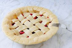 Looking for pie recipes? If you want some dessert recipes you can try and serve to your family, make this triple berry pie recipe. It's a great dessert idea Easy Diy Crafts, Creative Crafts, Pie Recipes, Dessert Recipes, Triple Berry Pie, How To Make Everything, Great Desserts, Fun Projects, Make It Simple