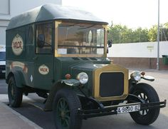 https://flic.kr/p/3HrN5G | Camion / Truck | Camion chocolatero que funcionaba a principios del siglo XX  A small truck which used to deliver chocolate at the beginning of the 20th Century