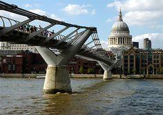 le pont du Millénaire àLondres, Angleterre