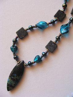 foto hand made jewels  Φωτεινή Μάμαλη:  Κολιέ με ίασπη και μουράνο! http://fotinihandjewels.blogspot.gr/ αυθεντικά χειροποίητα κοσμήματα με ημιπολύτιμους λίθους  Στοιχεία επικοινωνίας fotinimamali@yahoo.grή magdalini36@yahoo.gr?