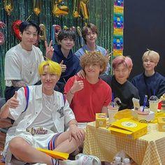 Vlive Bts, Bts Taehyung, Bts Bangtan Boy, Namjoon, Jimin, Hoseok, Foto Bts, Bts Photo, K Pop