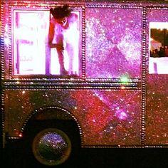 coolest ice cream truck EVER! Hollywood Walk Of Fame, Dance Pop, Travel, Truck, Ice Cream, Ice, Eyeglasses, No Churn Ice Cream, Viajes