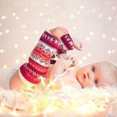 New diy christmas cards baby holiday photos 59 Ideas Baby Christmas Photos, Babys 1st Christmas, Baby Girl Christmas, Christmas Photo Cards, Holiday Photos, Christmas Fun, Holiday Cards, Christmas Lights, White Christmas