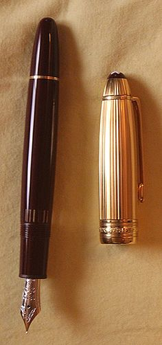 Montblanc Solitaire Doué Bordeaux Meisterstuck No.146 fountain pen c.1995.  Montblanc has gotten a bad rap for several years now, primarily because the company has received so  much more attention than equivalent--or some would say, better--fine chirographic instrument design houses.  The negativity is not warranted.  Though I have some pens I like better, I know enough about pens, and have enough experience to know that it all boils down to the individual pen.