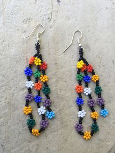 04 Huichol beaded earrings 2.25 long por ArtesaniasBatyah en Etsy