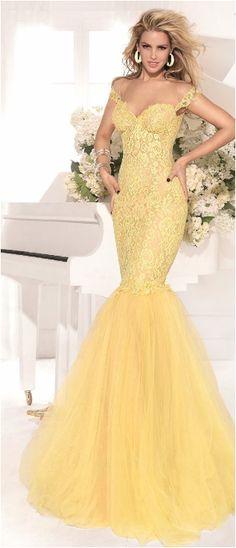 www.gownsofelegance.com