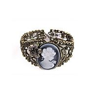 Lulu Women's Retro Rhinestone Flower Queen's Head Bracelet. Get incredible discounts up to 90% Off at Light in the box using Coupons and Promo Codes.