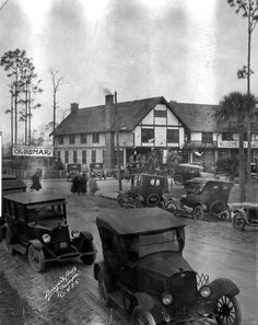 Busy scene in front of the Wayside Inn during Tourist Day in Oldsmar, Florida (1924). | Florida Memory