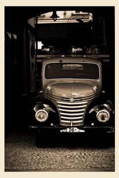 'From Russia with Love' Antique Cars, Russia, Antiques, Vehicles, Vintage Cars, Antiquities, Antique, Car, Vehicle