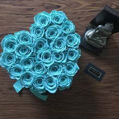 Love Box, Roses, Desserts, Flowers, Feature Wallpaper, Backgrounds, Wall Papers, Turquoise, Crates