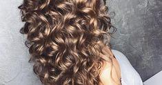 Tem cabelo cacheado mas acha difícil manter os cachos sempre definidos? Então esse post é pra você, clique e veja as dicas!