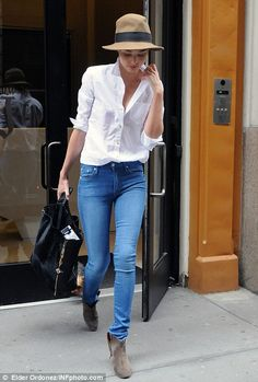 There's nothing sexier than a white tee and hot jeans! :)