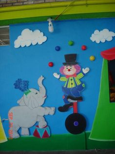 Decoración de recamaras infantiles, Salones de fiesta, estancias, escuelas, etc. School Board Decoration, Class Decoration, Circus Theme Classroom, Art Classroom, Mothers Day Crafts For Kids, Diy Crafts For Kids, Craft Activities, Preschool Crafts, Amusement Park Party