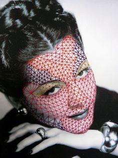 Izziyana Suhaimi | Happy Red Fish | COLLECTIF TEXTILE