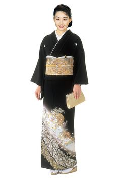 "Kimono : ""Tomesode"" for married women 華文バラ錦箔/黒留袖 Kabuki Costume, Japanese Patterns, Married Woman, Yukata, Japanese Kimono, Japanese Culture, Geisha, Traditional Outfits, Sequin Skirt"