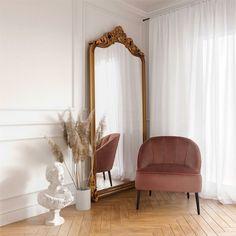 Elegant Home Decor, Elegant Homes, Room Ideas Bedroom, Home Bedroom, Mirror In Bedroom, Classy Bedroom Ideas, Master Bedroom, Fancy Bedroom, Art Deco Bedroom