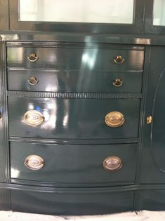 Lacquered Furniture Benjamin Moore Tarrytown Green High Gloss Love The Brooding Strong Color And It S Not