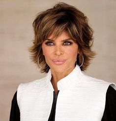 <3 #LisaRinna #Hairstyle #Actress #CelebrityStyle #CutColor <3