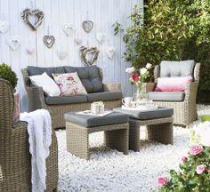 Loungeset Ponte: een landelijk klassiek model, goed te combineren met accessoires in romantische stijl #leenbakker