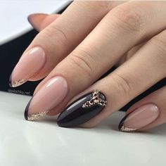 New nail art trends bring you unlimited nail design inspiration - Page 106 of 117 - Inspiration Diary Stylish Nails, Trendy Nails, Cute Nails, Gel Uv Nails, Nail Manicure, Gold Nails, Pink Nails, Nagellack Design, Instagram Nails