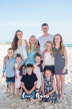 Louise Agnew Photography // Family Photography at the Beach // Cousins Group Photo